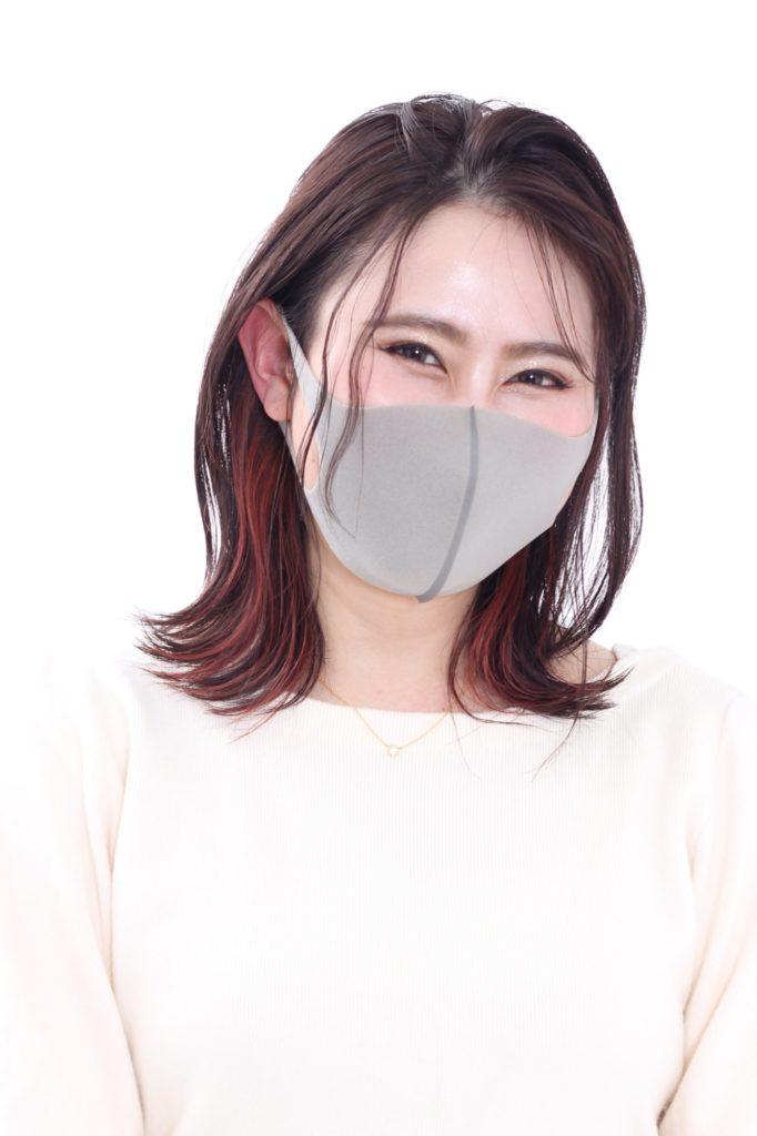 顔周りにインナーカラーをプラス・マスクスタイル
